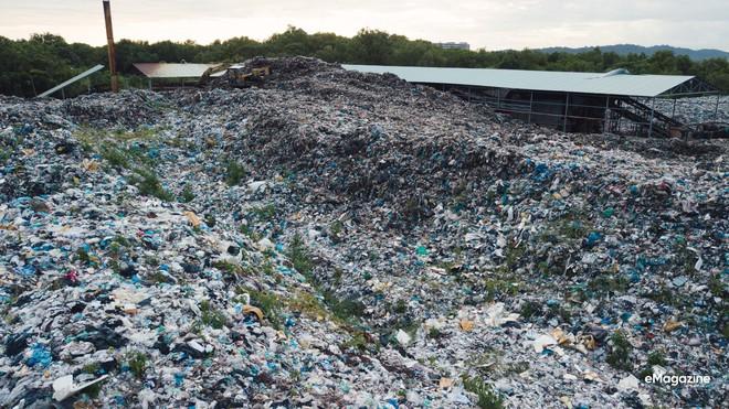 Bức tranh toàn cảnh đáng buồn ở Đảo ngọc Phú Quốc trước sự tấn công của rác thải dji0030 15720636009901789085925
