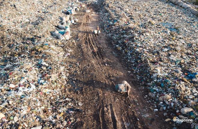 Bức tranh toàn cảnh đáng buồn ở Đảo ngọc Phú Quốc trước sự tấn công của rác thải dji0076 1572062557980943937695