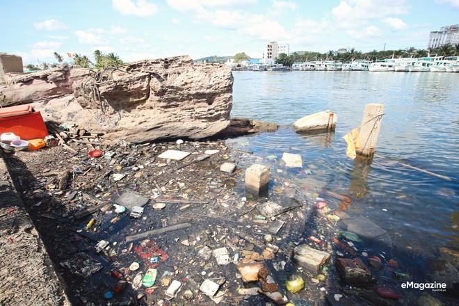 Bức tranh toàn cảnh đáng buồn ở Đảo ngọc Phú Quốc trước sự tấn công của rác thải img6939 15720599350472018989571