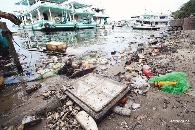 Bức tranh toàn cảnh đáng buồn ở Đảo ngọc Phú Quốc trước sự tấn công của rác thải img7177 15720612779431218332002
