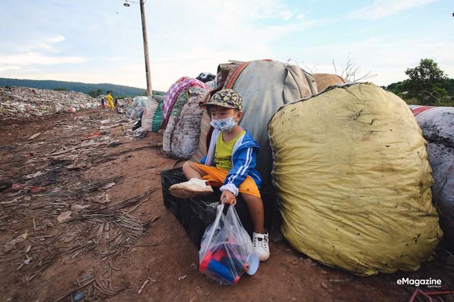 Bức tranh toàn cảnh đáng buồn ở Đảo ngọc Phú Quốc trước sự tấn công của rác thải img7199 1572062659040541481530