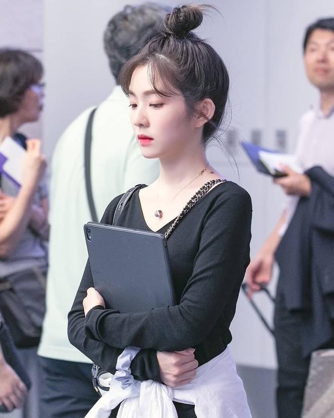 Cắt tóc mái chuẩn như Irene: để được 4 kiểu từ ngây thơ đến đẹp như nữ thần - Ảnh 4.