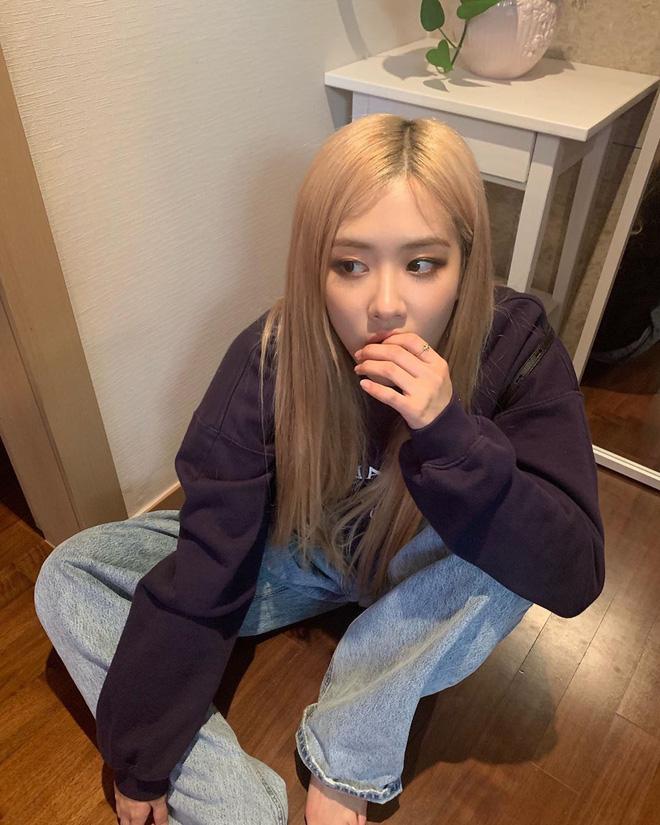 """6 items đang được idol Hàn lăng xê nhiều nhất, bạn chưa update đừng hỏi sao phong cách cứ """"dậm chân tại chỗ"""" - Ảnh 3."""