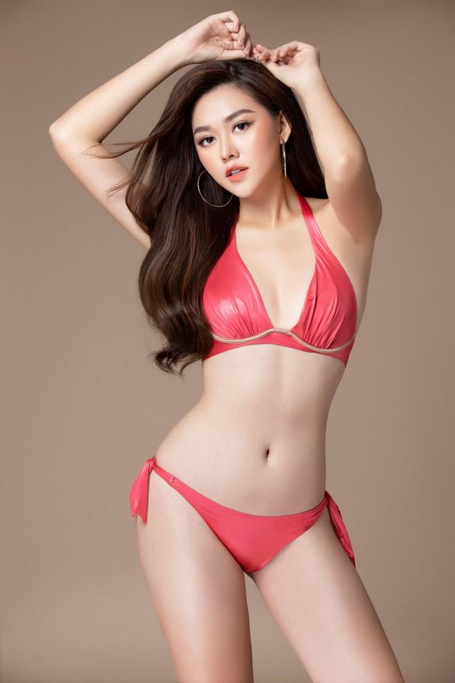 Á hậu Tường San khoe body mướt mắt với bikini bốc lửa trước thềm chinh chiến Miss International 2019 - Ảnh 3.