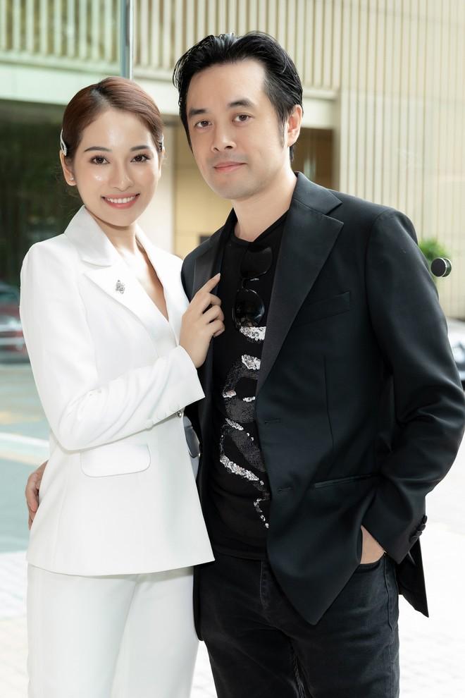 Lưu Hương Giang khoe nhan sắc hậu thừa nhận thẩm mỹ, hội ngộ dàn sao Việt đình đám tại sự kiện - Ảnh 4.