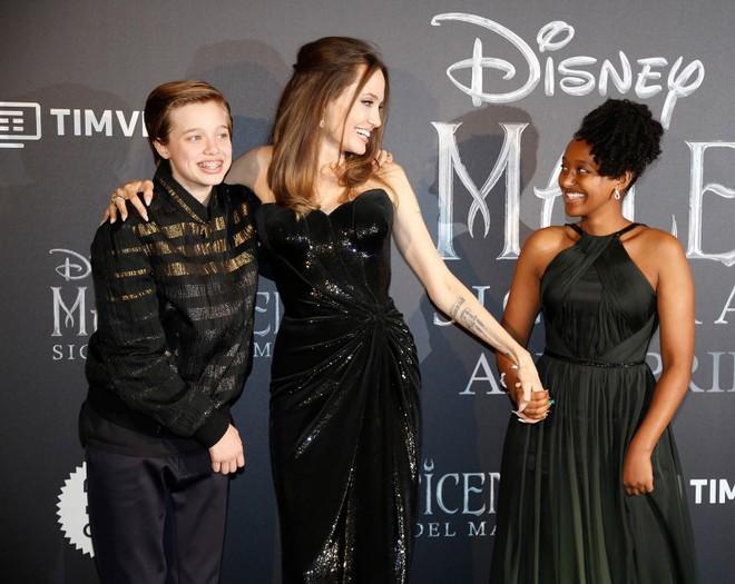 Phát sốt vì nhan sắc lột xác của Angelina Jolie gần đây: Cuối cùng nữ hoàng nhan sắc một thời đã trở lại! - Ảnh 5.