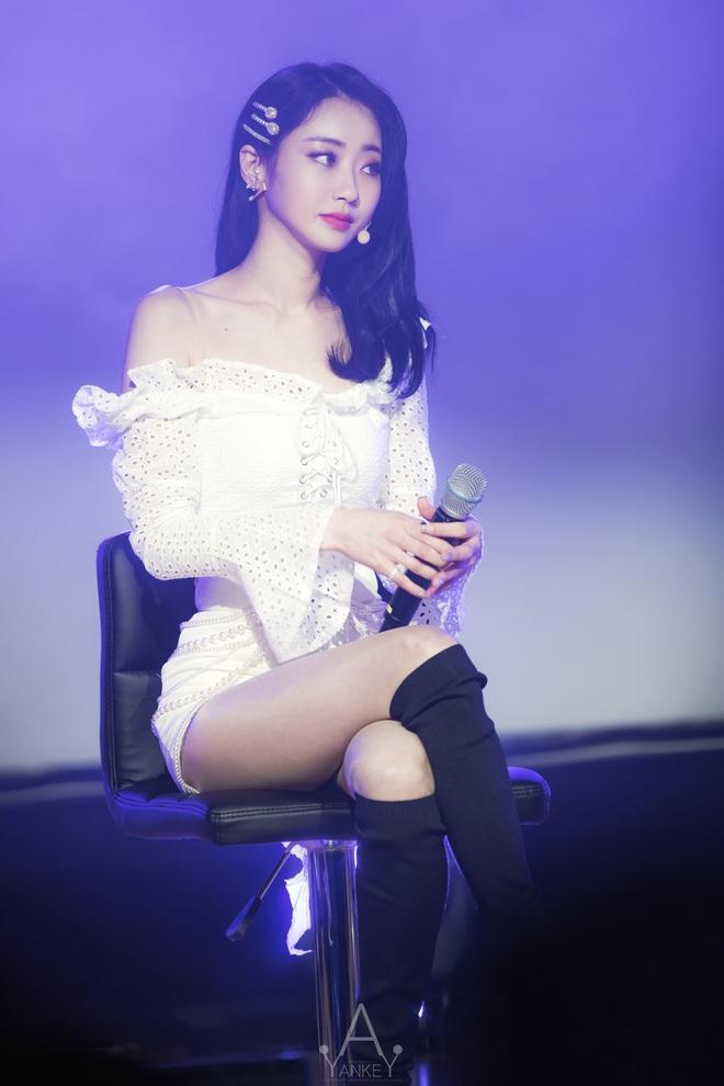 SBS tung tin hẹn hò của nam thần Jinwoon (2AM) và idol bốc lửa Kyungri (9MUSES): Cặp đôi sexy nhất Kbiz là đây! - Ảnh 6.