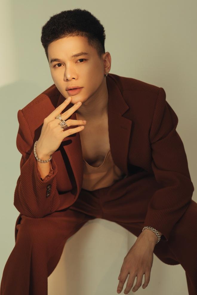 Hoàng Tôn bất ngờ tung MV comeback và khẳng định: Tôi đang rất tự tin vào ngoại hình của mình, đặc biệt là gương mặt - Ảnh 7.