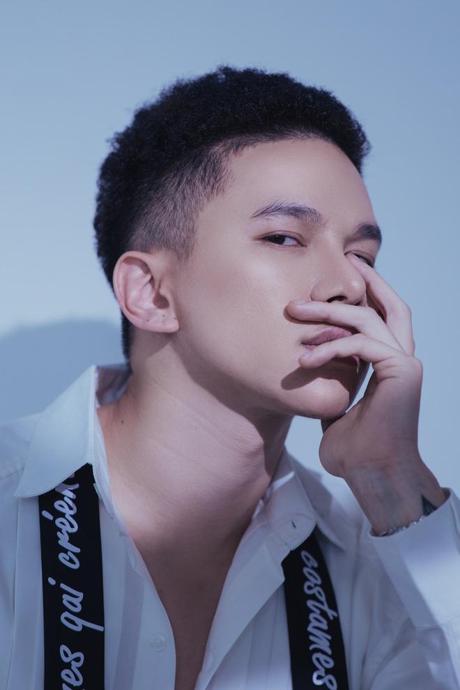 Hoàng Tôn bất ngờ tung MV comeback và khẳng định: Tôi đang rất tự tin vào ngoại hình của mình, đặc biệt là gương mặt - Ảnh 5.