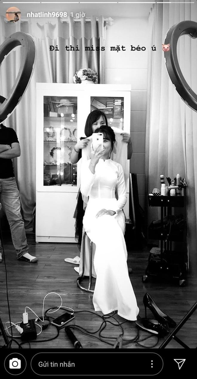 Tình bể bình như cầu thủ Phan Văn Đức và vợ sắp cưới: Về nhà gái qua đêm, sáng dậy sớm xúng xính đi chụp ảnh cưới - Ảnh 2.