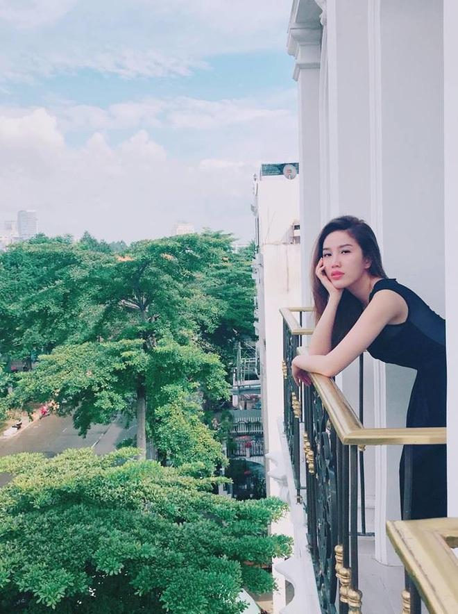 Bên trong biệt thự của dàn mỹ nhân Việt: Dát vàng, sang như khách sạn 5 sao, nhà Hà Tăng lên hẳn KBS Hàn Quốc - Ảnh 16.