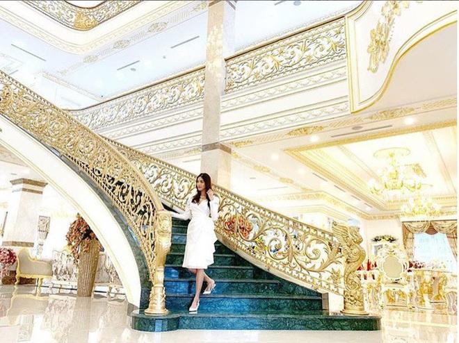 Bên trong biệt thự của dàn mỹ nhân Việt: Dát vàng, sang như khách sạn 5 sao, nhà Hà Tăng lên hẳn KBS Hàn Quốc - Ảnh 11.