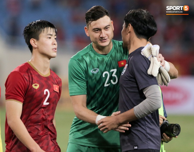 Covid-19 rất đáng ghét nhưng nhờ dịch bệnh, bóng đá Việt Nam có thời gian xoá bỏ cạm bẫy trên sân cỏ - ảnh 6
