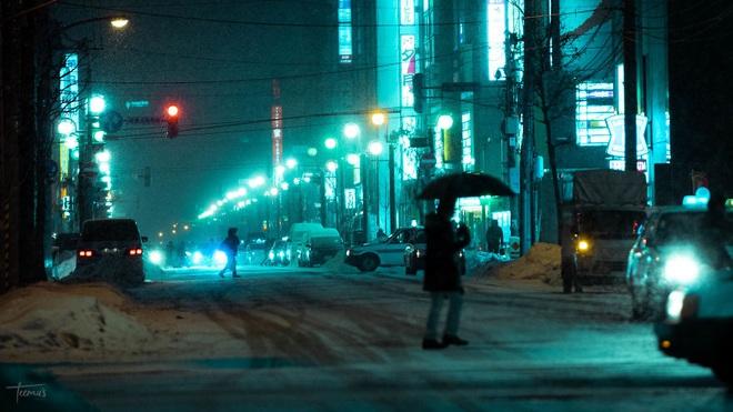 """Bộ ảnh phố Nhật về đêm đầy """"ảo diệu"""" đang gây sốt cộng đồng mạng, hóa ra mùa đông xứ hoa anh đào đẹp đến thế sao? - Ảnh 3."""