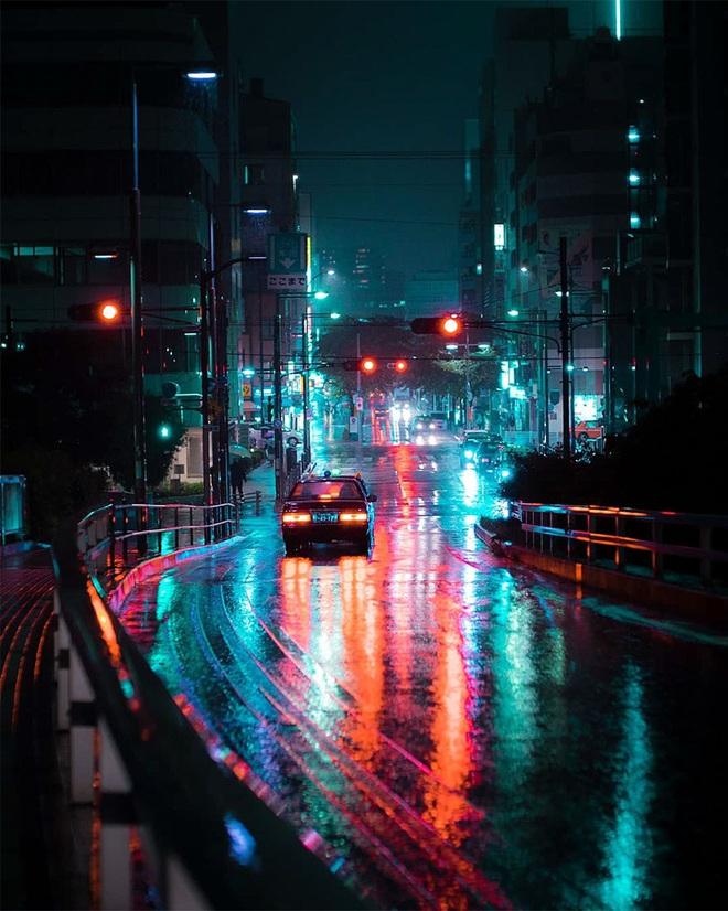 """Bộ ảnh phố Nhật về đêm đầy """"ảo diệu"""" đang gây sốt cộng đồng mạng, hóa ra mùa đông xứ hoa anh đào đẹp đến thế sao? - Ảnh 4."""