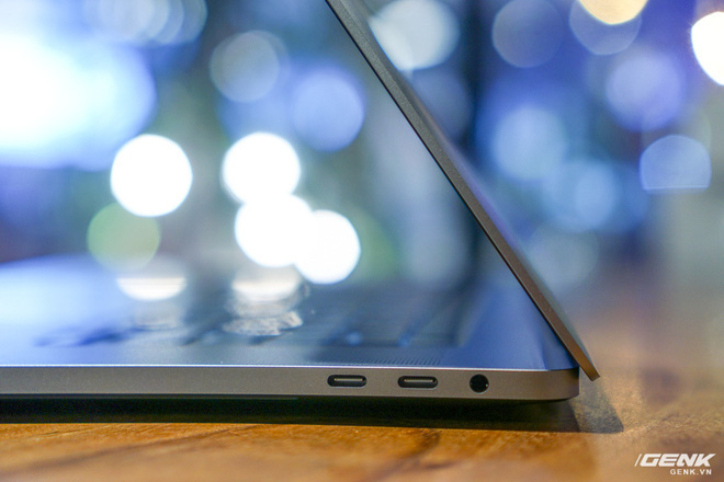 """Trên tay MacBook Pro 16 inch: Viền màn hình mỏng, bàn phím gõ """"phê"""" tay hơn nhiều - Ảnh 4."""