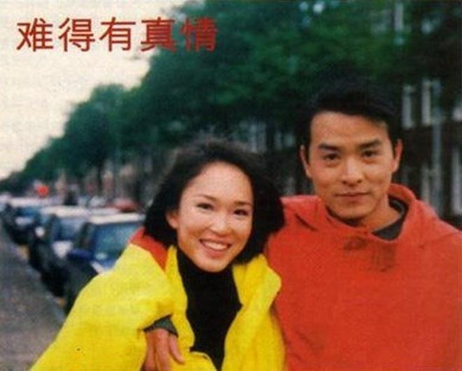 """Cặp đôi """"Dương Quá - Cô Cô hạnh phúc nhất màn ảnh"""": 20 năm yêu nhau từ trong phim ra ngoài đời - Ảnh 3."""