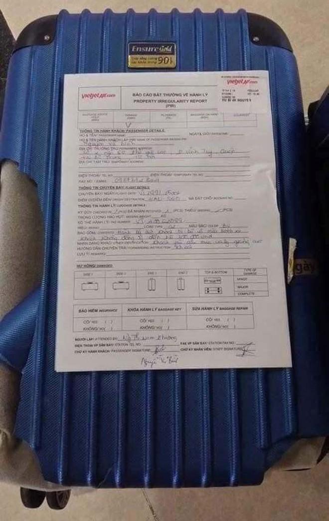 """Bị hành khách tố """"ném hành lý vỡ tan tành không đền bù"""", đại diện VietJet Air lên tiếng - Ảnh 1."""