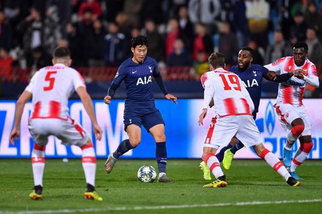 Nén nỗi buồn ra sân thi đấu, Son Heung-min tỏa sáng rực rỡ giúp đội nhà đại thắng ở Champions League - Ảnh 1.