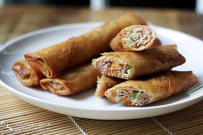 Hội cổ động viên Việt sang Philippines cổ vũ bóng đá nhất định đừng bỏ qua 7 món ăn ngon này của nước bạn - Ảnh 3.