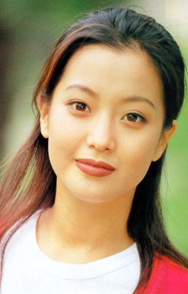 """Đúng là chỉ 10 nữ thần huyền thoại này mới cân được thử thách 2 thập kỷ: Song Hye Kyo, """"mợ chảnh"""" chưa phải đỉnh nhất? - Ảnh 25."""