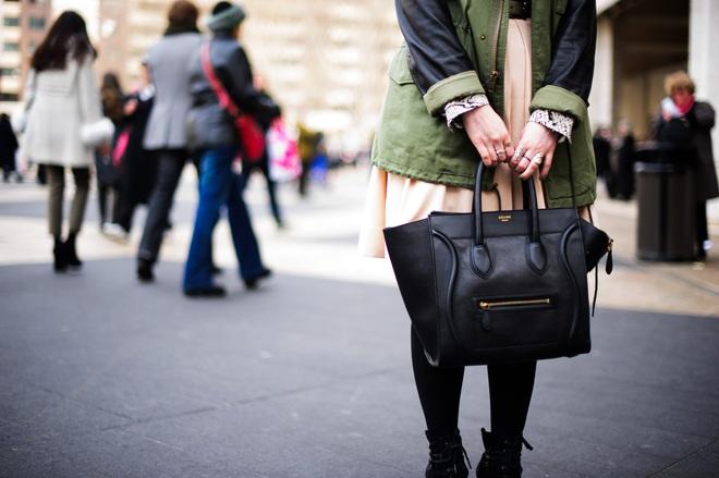 le-21eme-arrondissement-adam-katz-sinding-celine-mini-luggage-lincoln-center-mercedes-benz-new-york-fashion-week-fall-winter-2011-2012-new-york-city-aks7460-15763988143661170933437.jpg