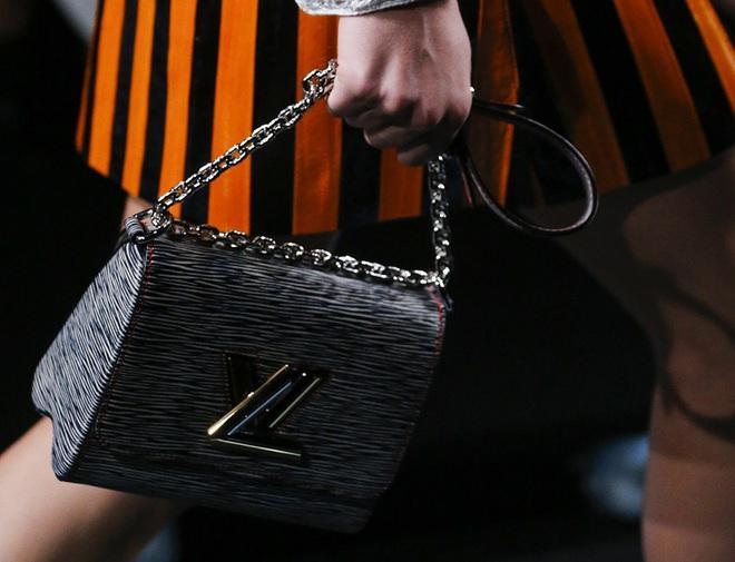 louis-vuitton-spring-2015-handbags-4-1576398814371659040789.jpg