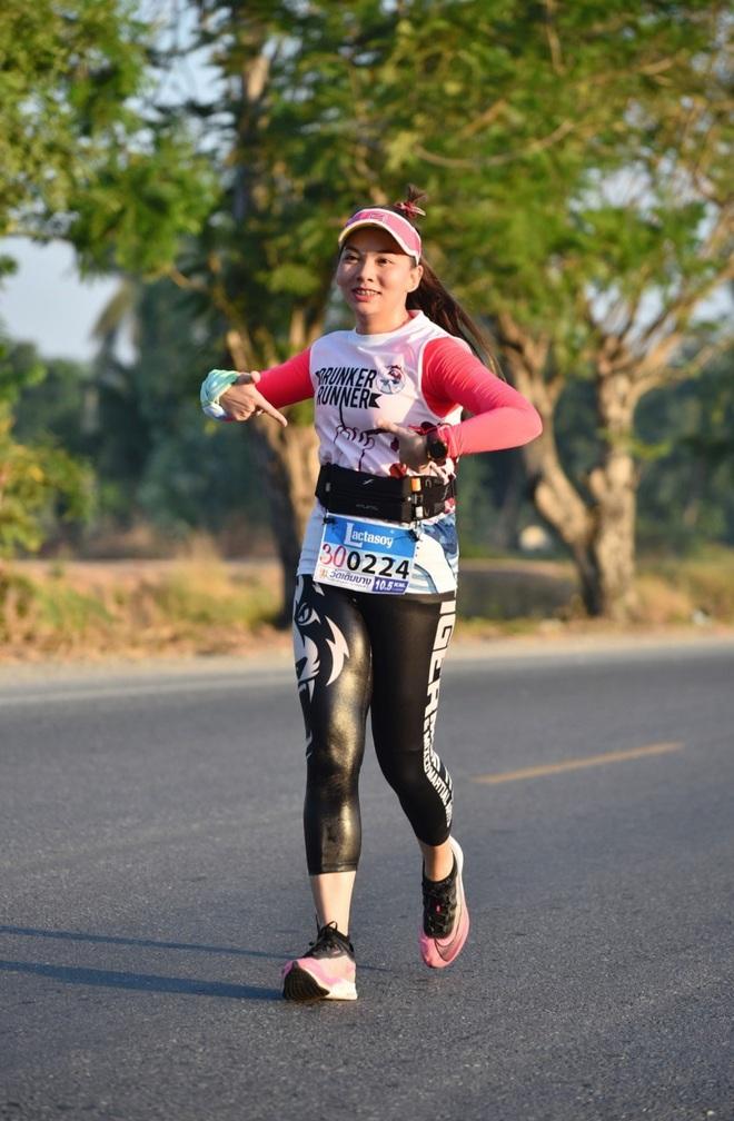 Từng chạm mốc 88kg, cô y tá người Thái hé lộ bí quyết giảm 22kg sau 1 năm 8 tháng - Ảnh 8.