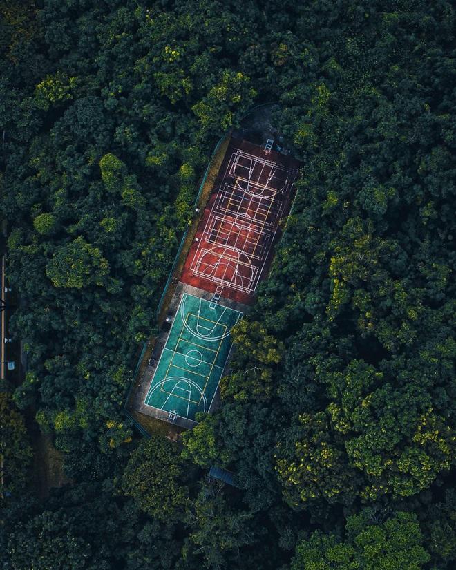 4 đại diện Việt Nam vào chung kết cuộc thi ảnh quốc tế với tác phẩm huyền ảo khó tin: Không ngờ vẫn còn những nơi hoang sơ đến thế! - Ảnh 9.