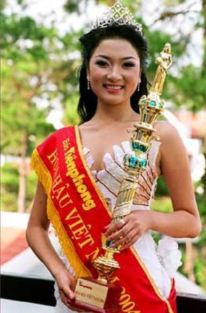 Đỉnh cao nhan sắc dàn Hoa hậu đăng quang cả thập kỷ: U40, U50 vẫn đẹp ngỡ ngàng, Mai Phương Thúy táo bạo nhất - Ảnh 5.