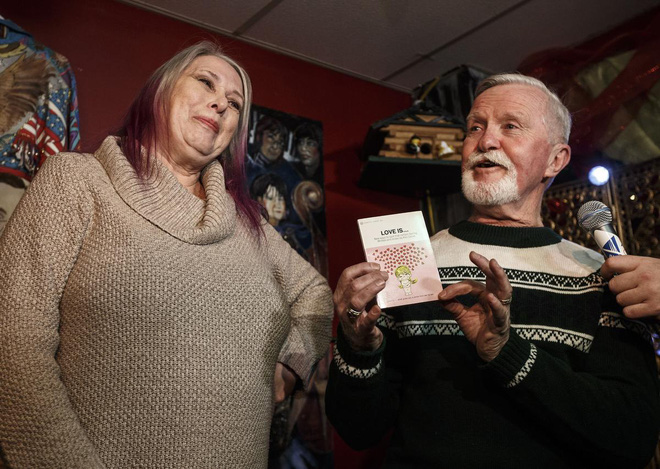 Những mùa Giáng sinh khó quên: Chị gái 3 lần ly dị đúng đêm Noel, ông chú bị đá gần nửa thế kỉ mới dám khui quà của người yêu cũ - Ảnh 6.