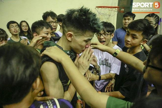 5 khoảnh khắc ấn tượng nhất của bóng rổ Việt Nam năm 2019: Mốc son chói lọi tại SEA Games 30, bản hợp đồng chuyên nghiệp khó tin của chàng trai trẻ bị ung thư xương - Ảnh 7.