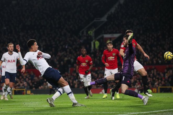 Son Heung-min hoàn toàn vô hại, Tottenham Hotspur đầu hàng trước Man Utd tại Old Trafford - Ảnh 5.