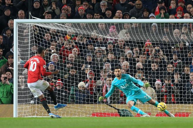 Son Heung-min hoàn toàn vô hại, Tottenham Hotspur đầu hàng trước Man Utd tại Old Trafford - Ảnh 8.