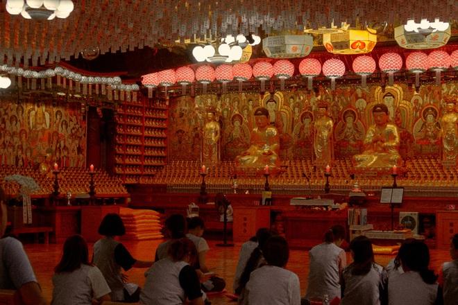 Bộ ảnh đầy ma mị tại 3 ngôi đền chùa đẹp nhất Seoul, không ngờ giữa lòng thủ đô sầm uất lại có chốn an yên đến vậy! - Ảnh 8.