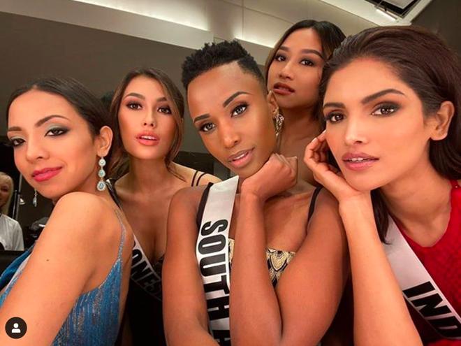 Nhan sắc lạ và đầy ấn tượng của mỹ nhân Nam Phi vừa đăng quang Miss Universe 2019 - Ảnh 15.