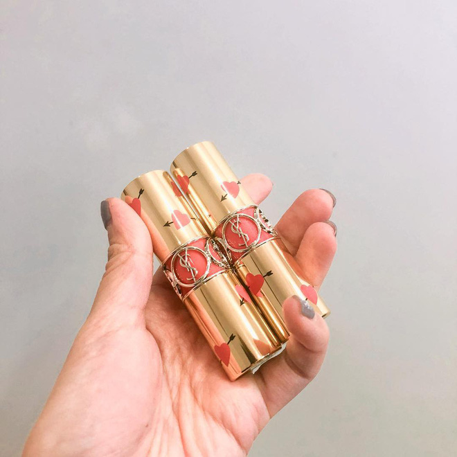 4 cây son xinh đẹp lịm tim, chỉ cần cầm trên tay là đủ thấy hạnh phúc mà nàng nào cũng muốn sở hữu dịp Valentine này - Ảnh 1.