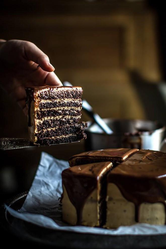 """Hà Nội: Valentine này chưa biết mua quà gì tặng """"gấu"""" thì hãy nghĩ tới loạt bánh chocolate sau - Ảnh 1."""