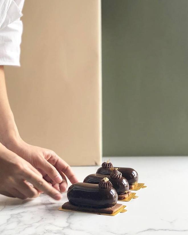 """Hà Nội: Valentine này chưa biết mua quà gì tặng """"gấu"""" thì hãy nghĩ tới loạt bánh chocolate sau - Ảnh 9."""