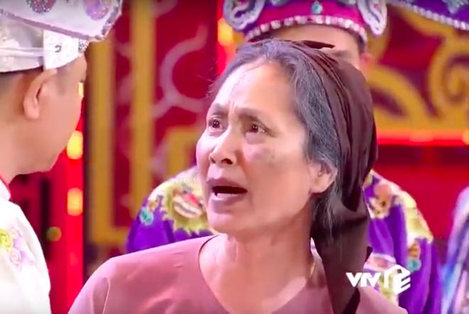 Hình ảnh bà Mậu do nghệ sỹ Lan Hương đóng vai gây xúc động cho người xem. Ảnh VTV