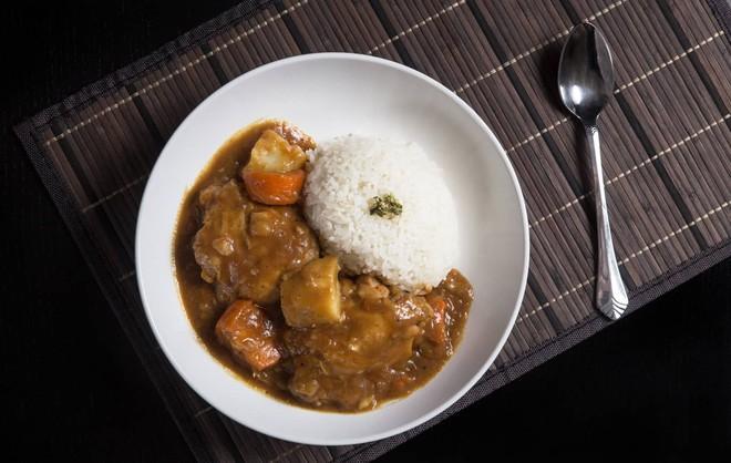 """Không chỉ có mì ăn liền, Nhật Bản còn có nhiều món """"chỉ cần đổ nước vào"""" là có ngay bữa ăn ngon - Ảnh 3."""