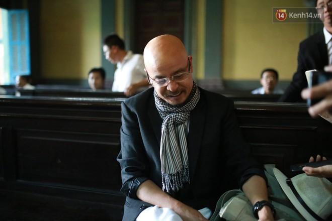 Ông Đặng Lê Nguyên Vũ chia sẻ trước phiên xử vụ ly hôn tranh chấp điều hành cà phê Trung Nguyên: Tôi vẫn có thể hàn gắn với vợ nếu như cô ấy tu tâm - Ảnh 1.