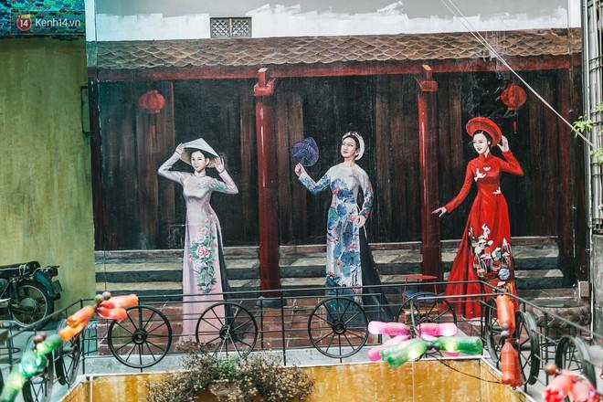 Quán cà phê tái chế lớn nhất Hà Nội: Ý tưởng bắt nguồn từ làng ung thư.12