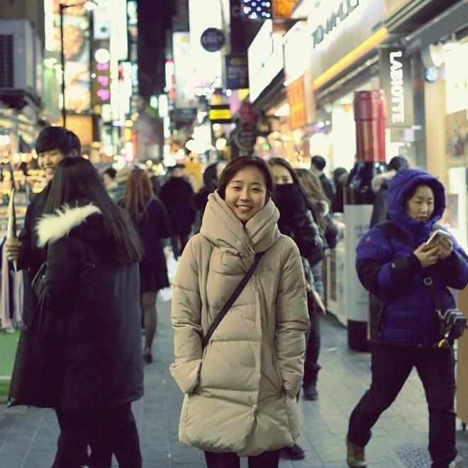 Dàn phóng viên Hàn Quốc và Nhật Bản bỗng dưng nổi tiếng trên mạng xã hội khi tác nghiệp tại hội nghị thượng đỉnh Mỹ - Triều - Ảnh 13.