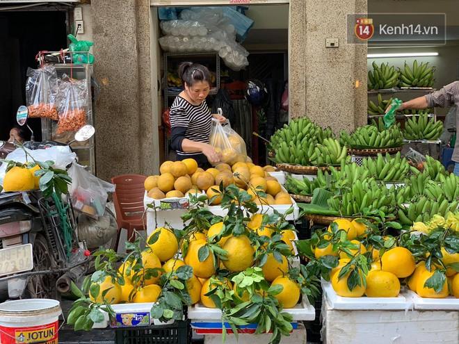 Chợ Hàng Bè đông đến kinh ngạc: giờ vẫn chưa sắm Tết thì đây là địa chỉ có tất cả mọi thứ ngon cho bạn - Ảnh 21.