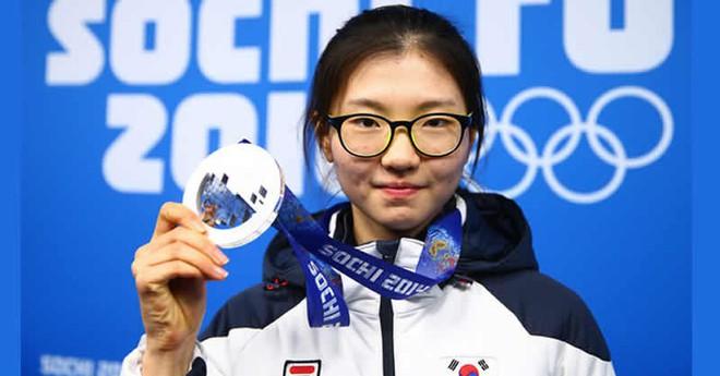 Bê bối bạo hành và quấy rối tình dục nữ hoàng trượt băng khiến thể thao Hàn Quốc chấn động - Ảnh 3.
