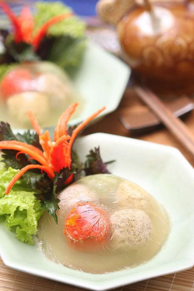 Ẩm thực Việt cầu kì và tinh tế đến mức nào, phải xem những món ăn ngày Tết sắp thất truyền này mới hiểu được - Ảnh 1.