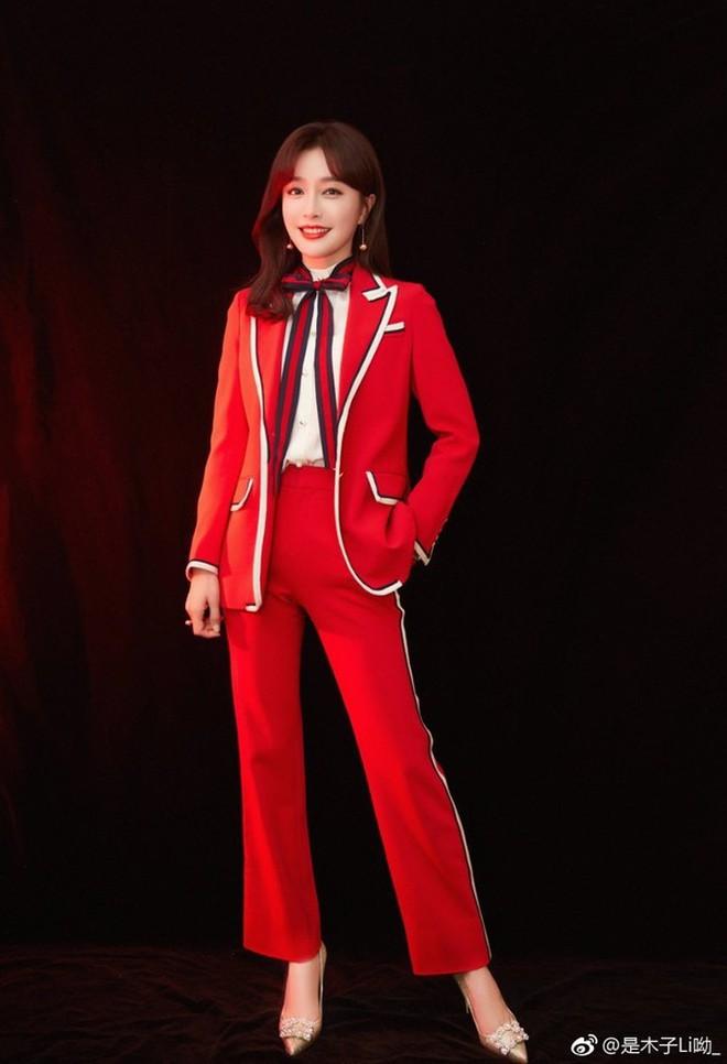 """Ăn hết 3 ngày Tết, """"Hoàng hậu"""" Tần Lam đã lên đường sang New York dự tuần lễ thời trang - Ảnh 7."""