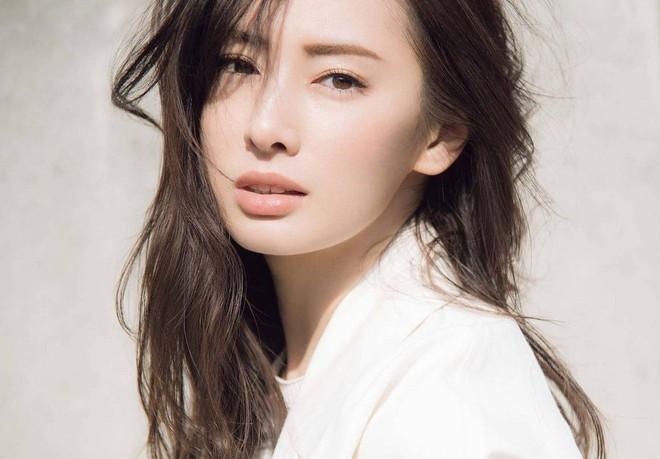 Tiêu chuẩn chọn mỹ nhân đẹp nhất showbiz Hàn, Trung, Nhật: Điểm chung nằm ở mắt, đại diện Nhật hack tuổi quá đỉnh - Ảnh 31.
