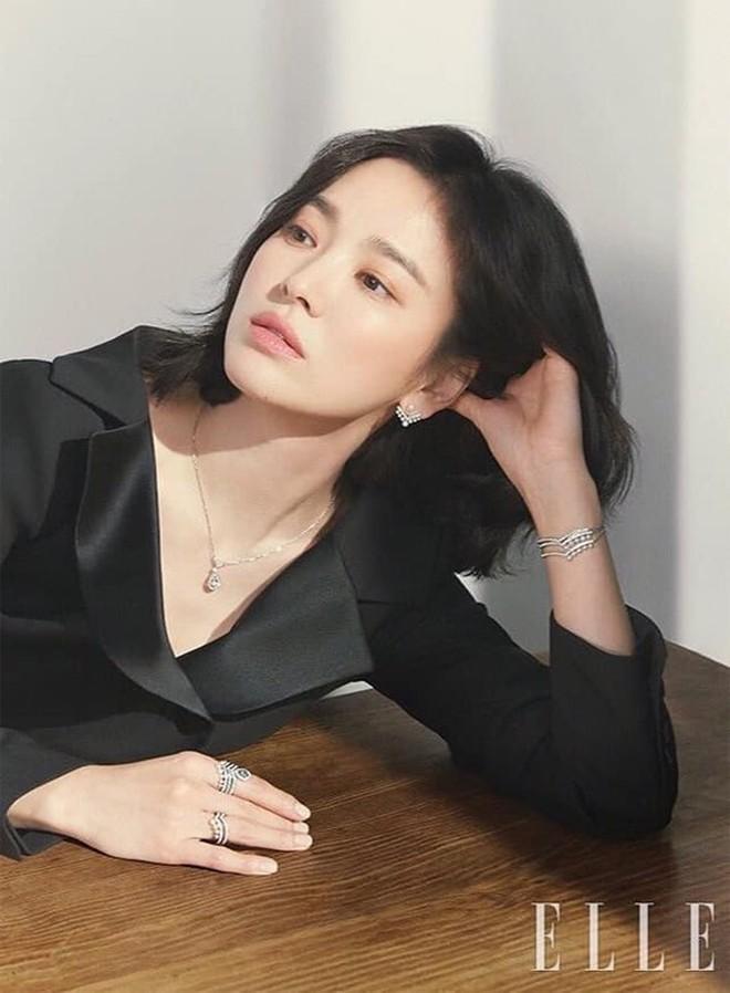 Song Hye Kyo ở bài phỏng vấn mới nhất nói về việc ly hôn Song Joong Ki